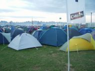 Reading2006_SetC-TavisR-d_The-odd-tent-or-two-too.jpg
