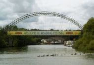 Reading-Festival-2012_0001_The-bridge-over-the-river-thames.jpg