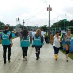 Reading-Festival-2012_0021_The-long-walk-to-Brown-Zone.jpg