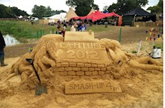 Sand art in the Childrens Area the smash up is awesome