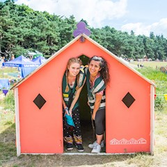 2016 latitude festival hotbox events staff and volunteers 053