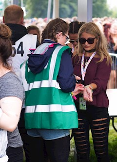 2016 v festival south hotbox events staff and volunteers 015