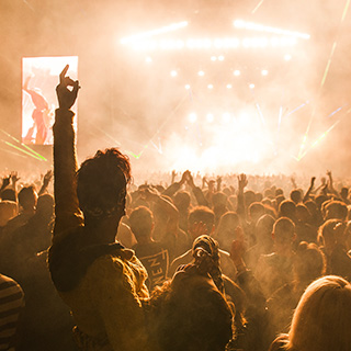 2017 Download, Latitude, V Festival, Reading and Leeds volunteer positions filling up fast!