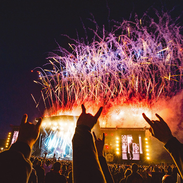 2019 Download Festival volunteer shifts, info pack, meal ordering!