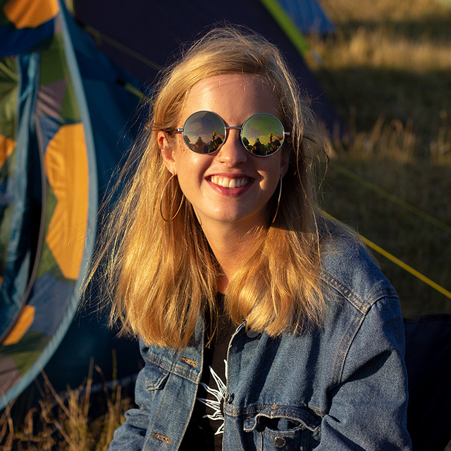 2019 festival volunteer photographer applications for Camp Bestival, Reading Festival and Leeds Festival!