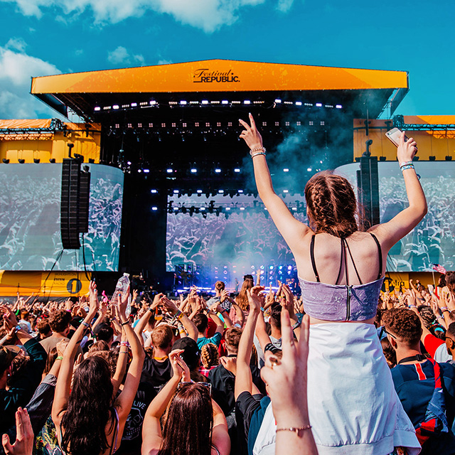 2019 Reading and Leeds Festival volunteer shifts assigned, info packs ready, meal ordering open!