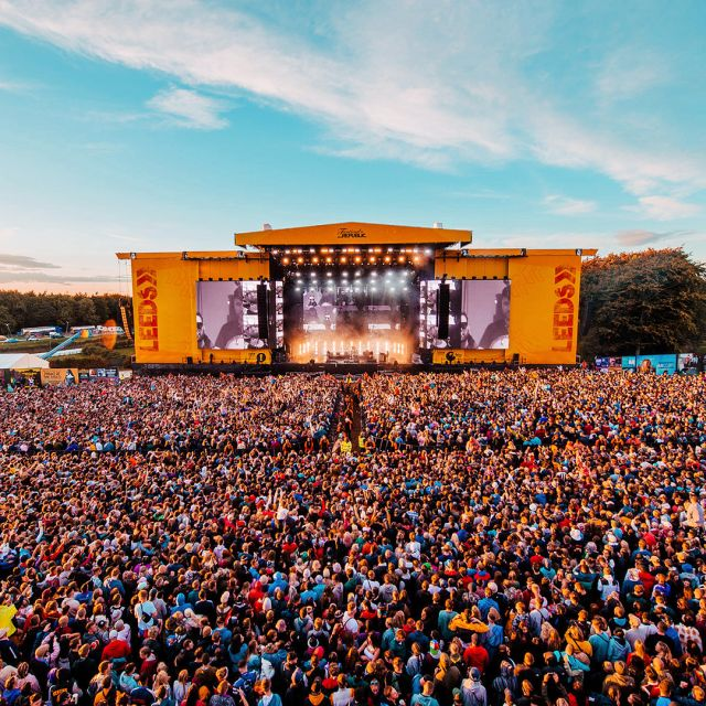 Join us volunteering at Leeds Festival!