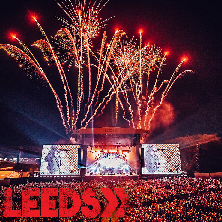 Volunteer at Leeds Festival 2020 with Hotbox Events - Stage photo with festival logo - 2020-001 740PxSq72Dpi