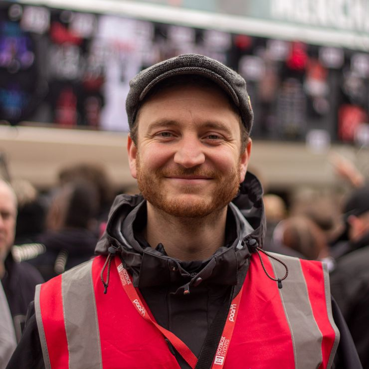 Volunteer at Download Festival 2020 with Hotbox Events - Arena volunteer smiling